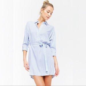 Relaxed Button Up Pinstripe Shirtdress w/ Belt, M